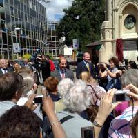 Prince Edward reveals plaque